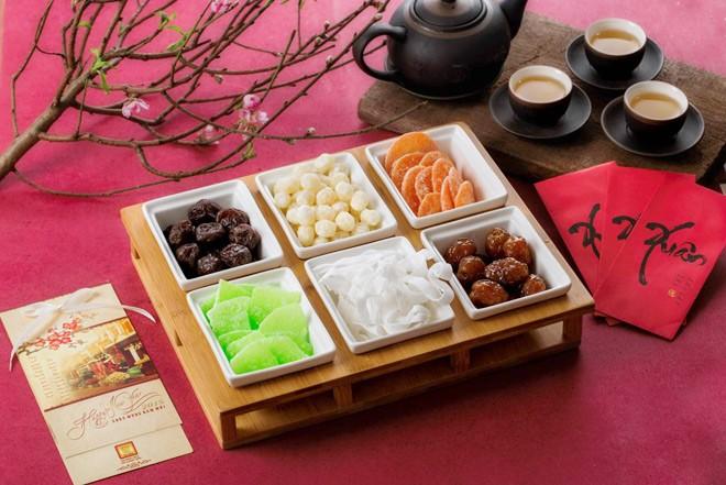 Bánh, kẹo, mứt… những món ăn quen thuộc và không thể thiếu vào ngày Tết Cổ Truyền.