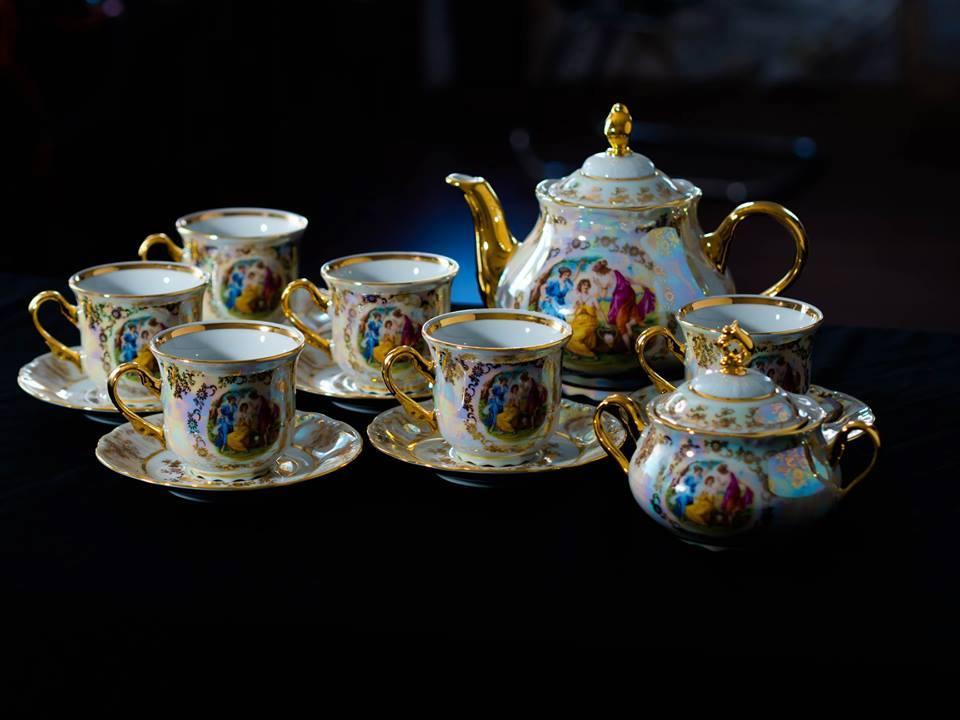 Bộ ấm trà pha lê