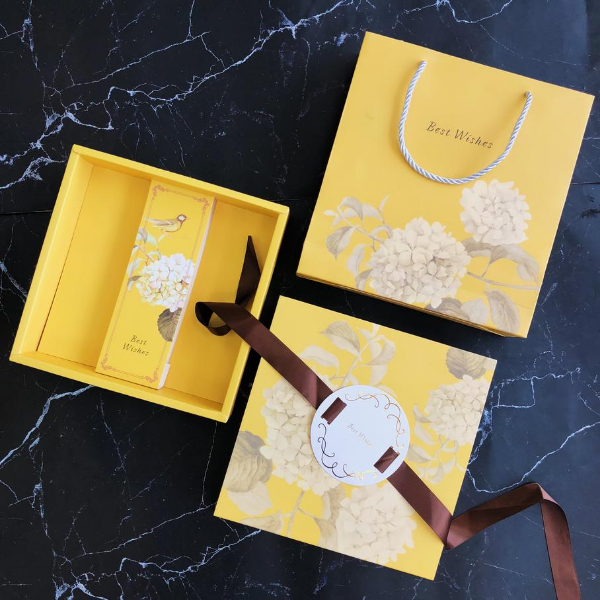 Mẫu hộp - túi bánh trung thu Cẩm tú cầu