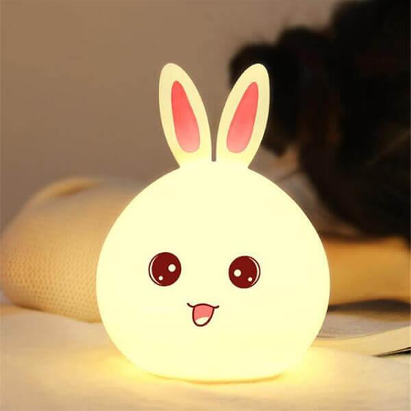Gói quà giáng sinh là đèn ngủ đáng yêu