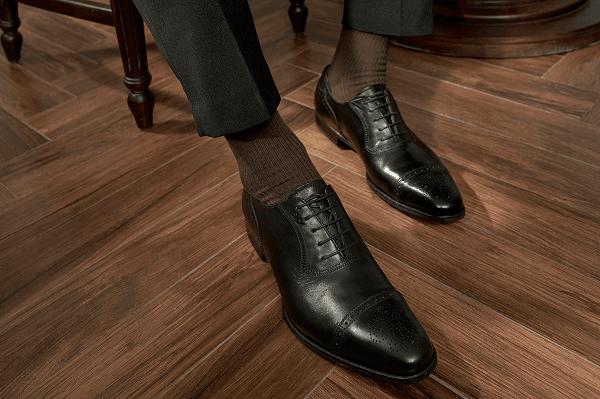 Giày nam là món quà tặng cao cấp cho sếp