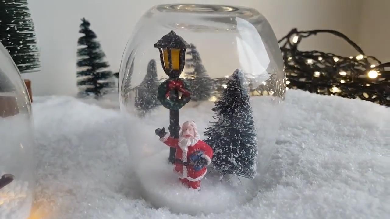 Qùa cầu tuyết - hộp quà giáng sinh bất ngờ cho bé