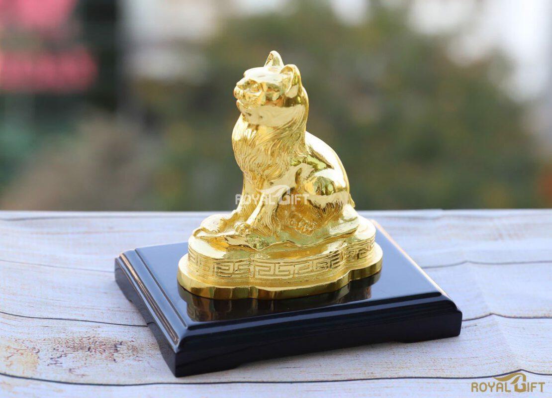 Linh vật phong thủy dát vàng để bàn
