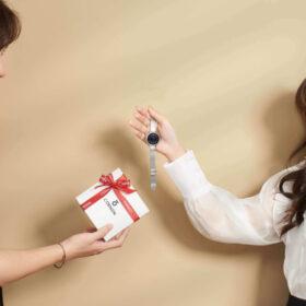 Top 27 Món quà tặng người yêu - Kèm Ý nghĩa các món quà ít ai biết