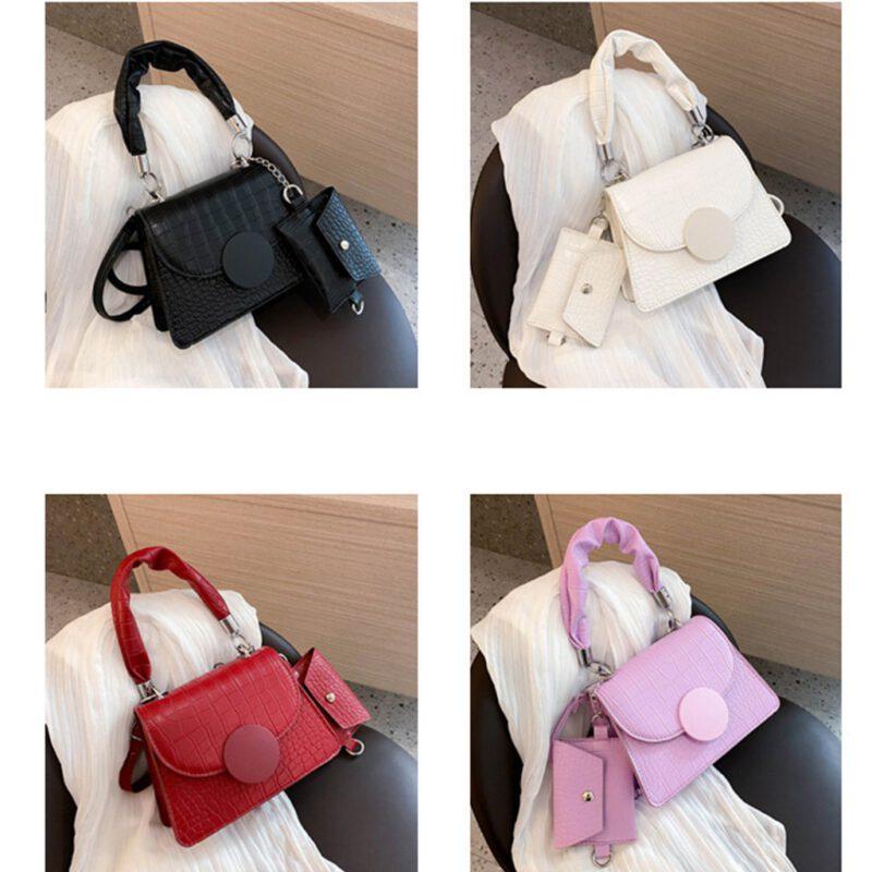 Túi xách là vật dụng không thể thiếu của phụ nữ
