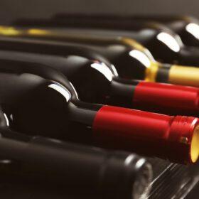 MẸO kinh nghiệm chọn rượu vang biếu Tết cực chất cho người không sành